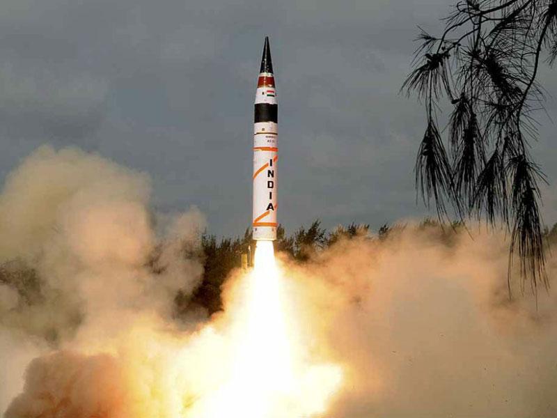 India, Pakistan Test Nuclear-Capable Ballistic Missiles