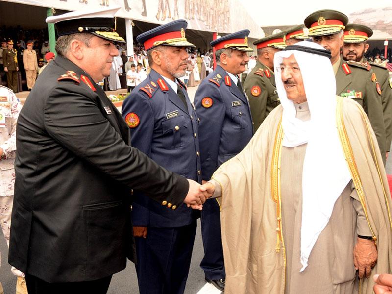 Kuwait's Emir Patronizes Officers Graduation