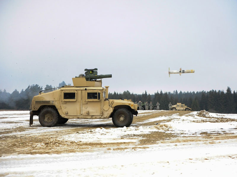 Raytheon Fires TOW 2A RF Missiles from Helicopter