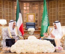 Saudi King, Kuwaiti Emir Hold Talks in Riyadh