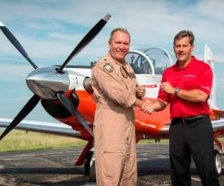 Beechcraft Delivers 900th T-6 Military Training Aircraft