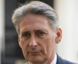 """Hammond: """"UK Committed to Ensuring Gulf Security"""""""