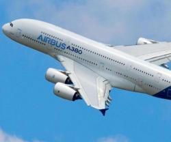 Airbus to Cut Production of A380 Superjumbo from 2017